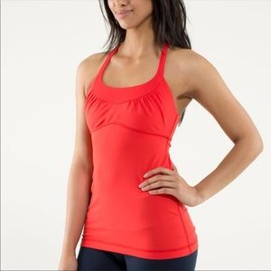 Lululemon 🍋 scoop me up❤️ red tank size 4/xs
